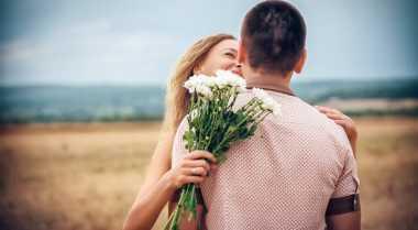 Pujian Istri Bikin Suami Bahagia
