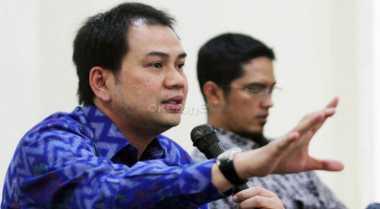 DPR Tak Masalah Penyidik KPK Dibekali Senpi