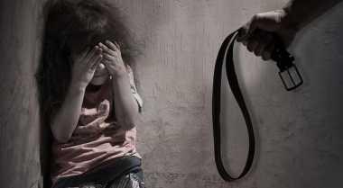 Anak 12 Tahun Sekarat Dianiaya Ayah Kandung