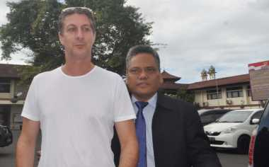 Ungkap Kasus Angeline, Bule Australia Datangi Mapolda Bali