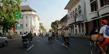 Ngabuburit, Pilih Saja Kota Tua