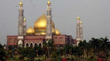 Karena Ini Masjid Kubah Emas Berasa Nyaman