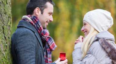 Ide Lamaran Romantis Hemat Biaya
