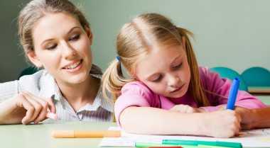 Berhasil Pegang Pensil Pertanda Anak Siap Sekolah