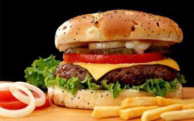 Beli Burger, Eh Malah Dapat Kain Kotor