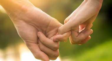 Mitos Keliru tentang Cinta Sejati