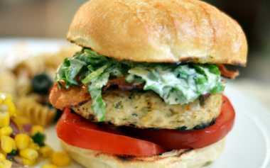 Burger Kalkun, Alternatif Sajian Burger yang Sehat