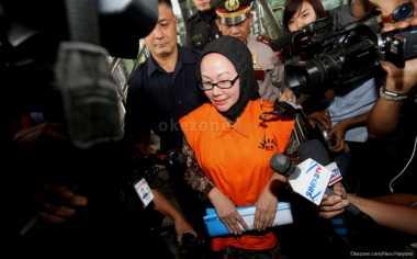 Pemprov Banten Tunggu Surat Pemecatan Atut