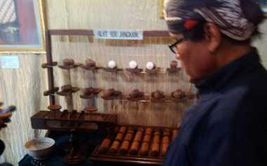 Keraton Yogyakarta Punya Alat Unik Adu Jangkrik