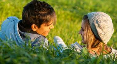Cara Ampuh Hentikan Pernikahan di Bawah Umur