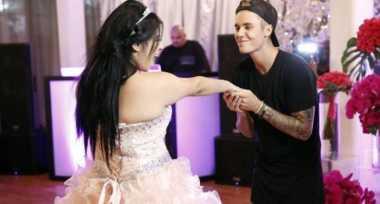 Justin Bieber Kejutkan Penggemar Penderita Meningitis