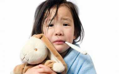 Penanganan Pertama saat Anak Demam