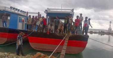 Sia-Sia, Boat Bantuan Pemerintah Bocor dan Akhirnya Tenggelam