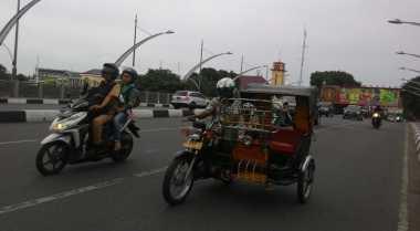 Pembekalan Bahasa untuk Tukang Becak di Aceh