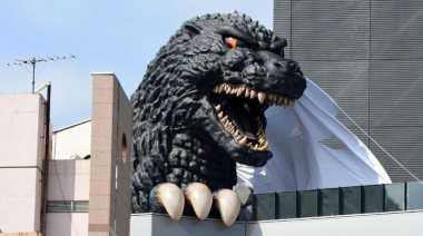 Jepang Miliki Godzilla Hotel