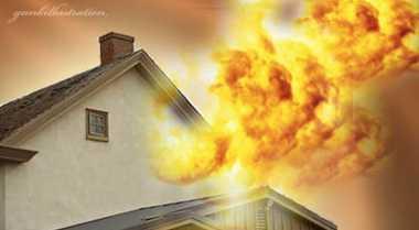 Korsleting Listrik, Rumah Penjual Bensin Eceran Ludes Terbakar