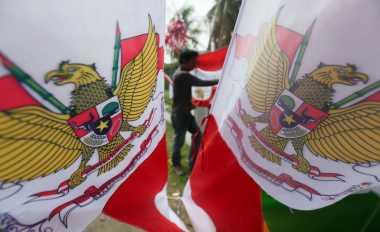 Seribu Bendera Merah Putih Dikibarkan di Gunung Geurute