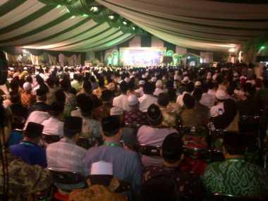 Tiba di Muktamar NU, Jokowi Disambut Meriah