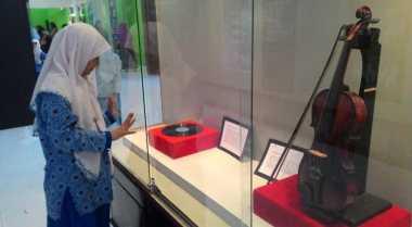 Biola Sejarah WR Soepratman Sedot Ribuan Pengunjung