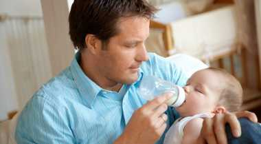 Peran Suami saat Istri Alami Baby Blues