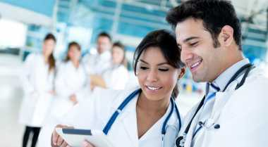 Risiko Menikahi Seorang Dokter