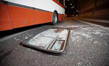 Bus ALS Terbalik, 16 Penumpang Luka-Luka