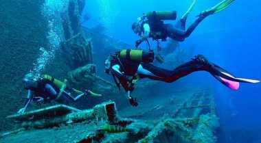 Tempat Terbaik Belajar Menyelam di Dunia