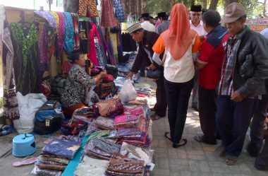Kaos 'Islam Nusantara' Banyak Diburu Muktamirin