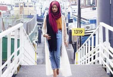 Hijab Kasual ala Wanita Turki