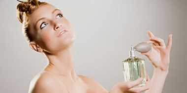 Cara Semprotkan Parfum agar Tahan Lama
