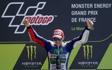 Bukti Rossi Masih Kalah Bagus dari Lorenzo