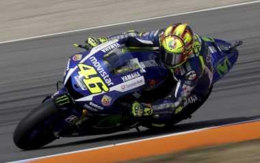 Penampilan Rossi Kejutkan Bos Yamaha
