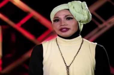 Suami Desy 'X Factor' Rindu Kebiasaan Mereka di Ranjang