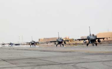 """Jet Tempur RI & Australia """"Perang"""" Udara di Kupang"""