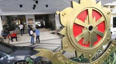 Penggeledahan Ruangan RJ Lino Terkait Korupsi Pengadaan Crane