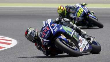 Tak Ada Ketegangan Antara Lorenzo dan Rossi