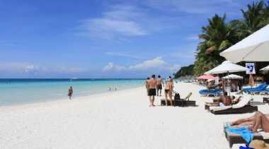 Pantai di Lampung Kian Terkenal