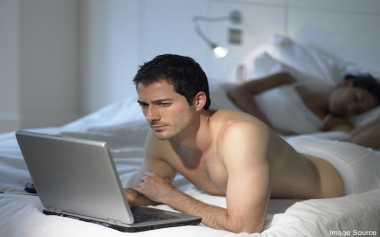 Benarkah Video Porno Merusak Otak Manusia?
