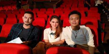 Syuting Bareng Luna Maya, Gio 'Idol' Grogi