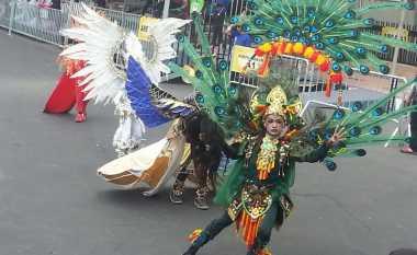 Anak-Anak Tampil Unik di Jember Fashion Carnaval