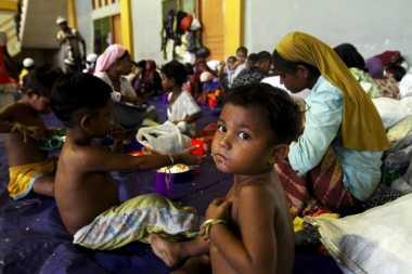 Jokowi Diminta Bicara Lantang Soal Pengungsi Rohingya