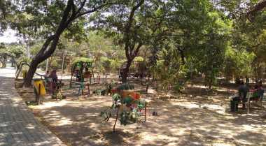 Hutan Kota, Wisata Murah di Bekasi
