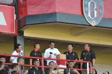 Jokowi Saksi Aksi Bali United Pecundangi Persija