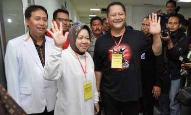 Risma Sebut Pilkada Surabaya Aneh