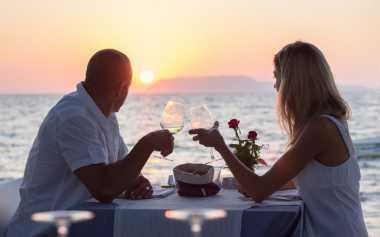 Kunci Saling Mencintai Seumur Hidup
