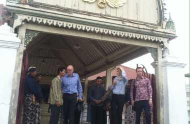 Kagumnya Dubes Aussie terhadap Masjid Gedhe Kauman