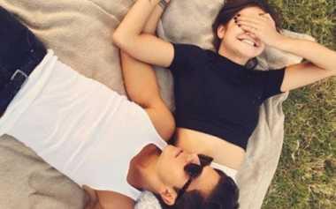 Ekspresi Romantisme Paling Disukai Kekasih
