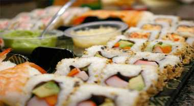 Bikin Sushi dengan Cara Sederhana