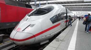 Tiongkok dan Jepang Berebut Kereta Cepat di Indonesia