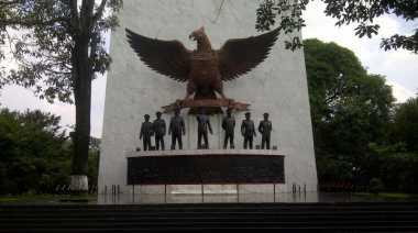 Koleksi Kuno di Monumen Pancasila Sakti